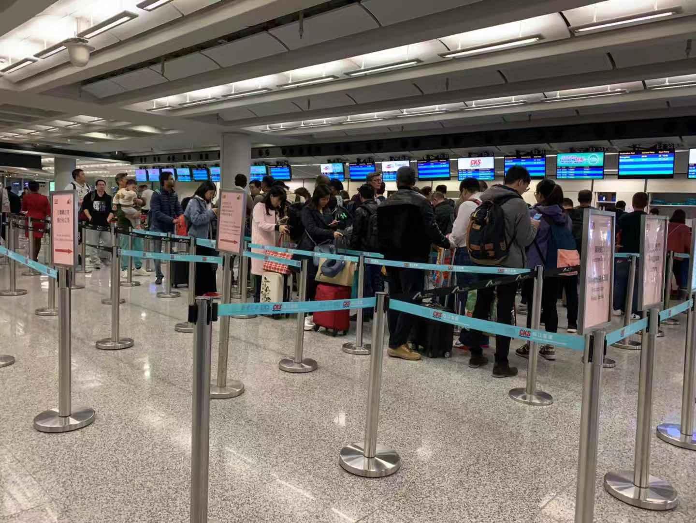 澳门班机迫降香港国际机场   珠江环亚娱乐ag88登录全力协助疏导旅客